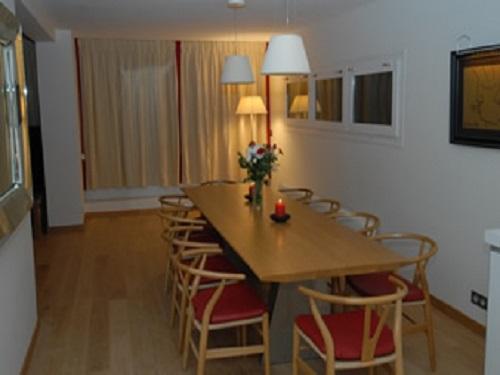 Slide6 - Apartment 1086