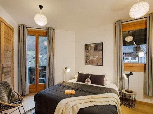 Slide8 - Slopeside Apartments 291