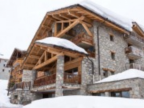 ski lodge aigle