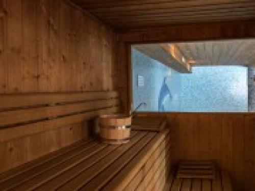 Slide10 - Ski Lodge 845 Inc Flights