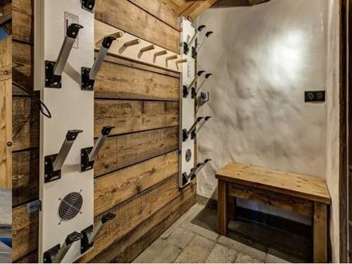 Ski to the door chalets 861 - Slide 4