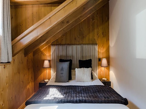 Slide4 - Apartment 976