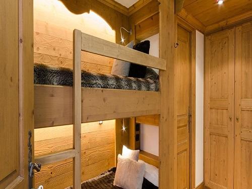 Slide6 - Apartment 976