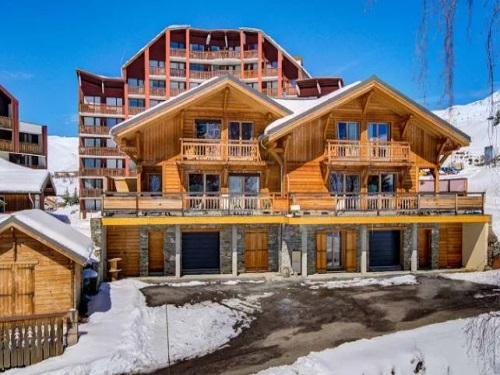 chalet rebeque