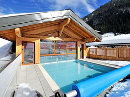 Chalets with pools